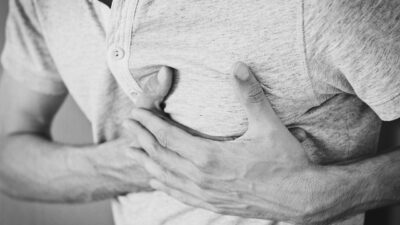 Commonly Found Symptoms of Heart Blockage in Males